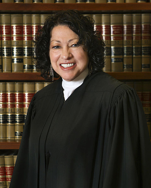 480px-Sonia_Sotomayor_7_in_robe%2C_2009